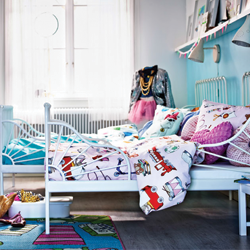 Decorating tips for little ones sharing a room