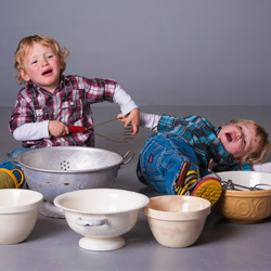 How to bake cupcakes with 2 small children – a 25 step guide