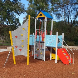 Parks and playgrounds – hidden gems in the Hills