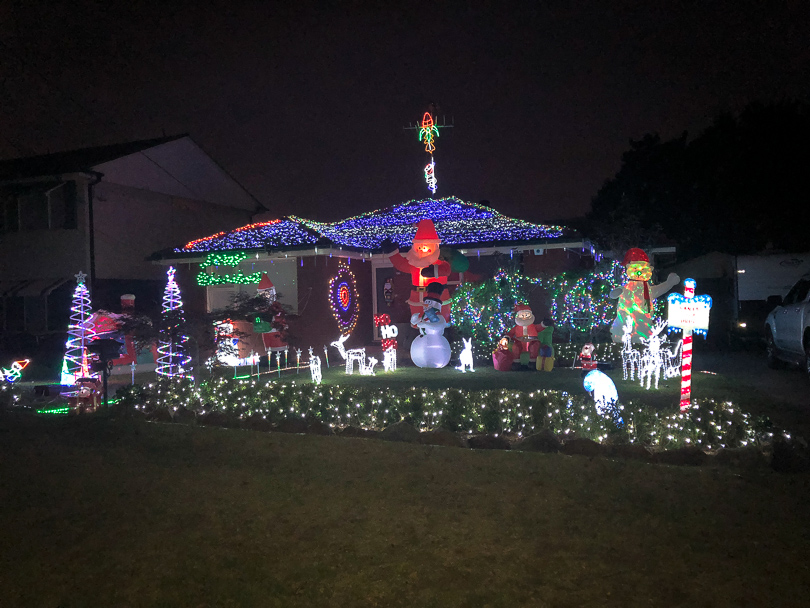 Christmas lights in the Hills - Hills District Mums